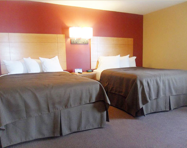 2 Double Beds at Oceanview Inn